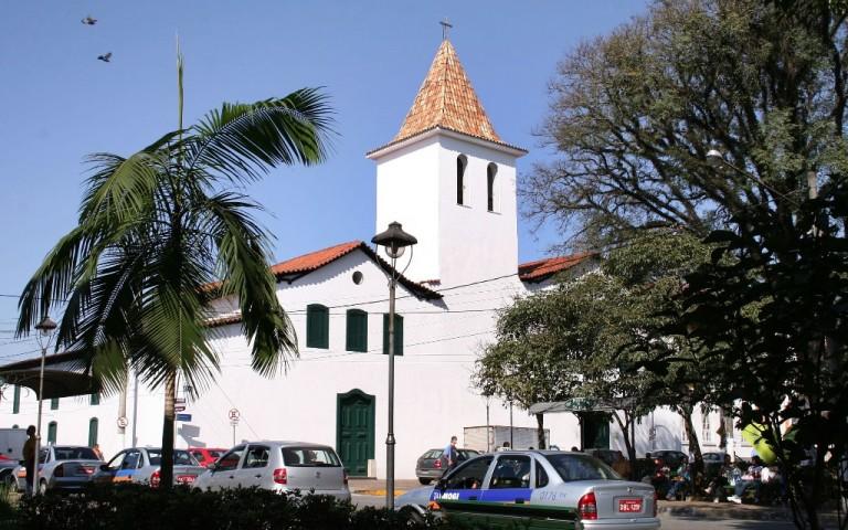 064 Igrejas do Carmo 768x480